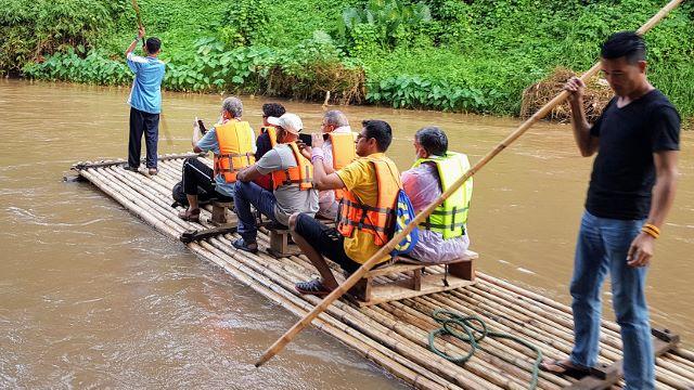 Maetaeng Elephant Park - Bamboo Rafting
