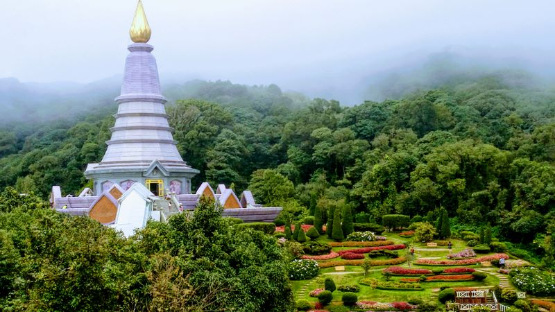 Doi Inthanon National Park - Royal Pagodas