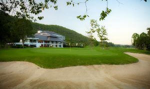 Alpine Golf Resort Chiang Mai - Clubhouse