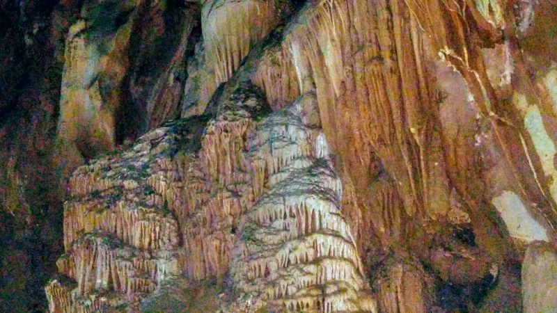 Chiang Dao Cave Formations