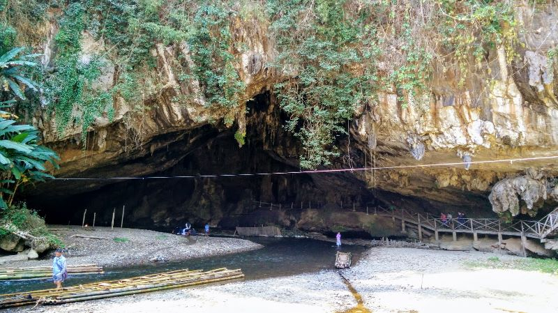 Tham Lod Cave in Mae Hong Son Province