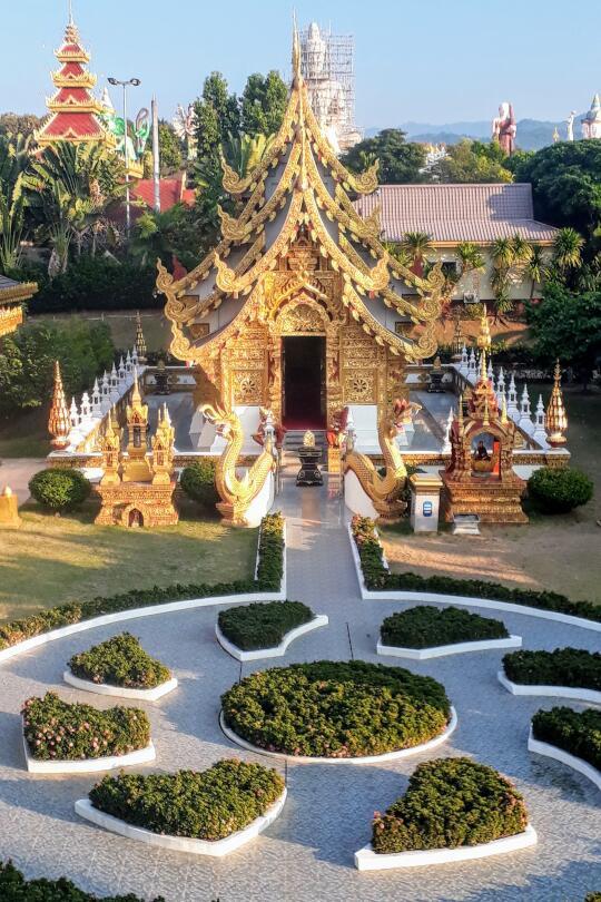 Wat Saeng Kaew Phothiyan - Temple Garden
