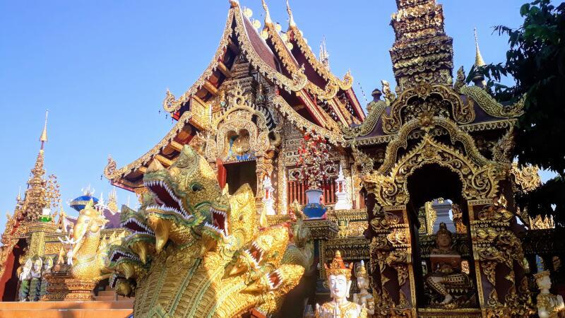 Wat Saeng Kaew Phothiyan Naga