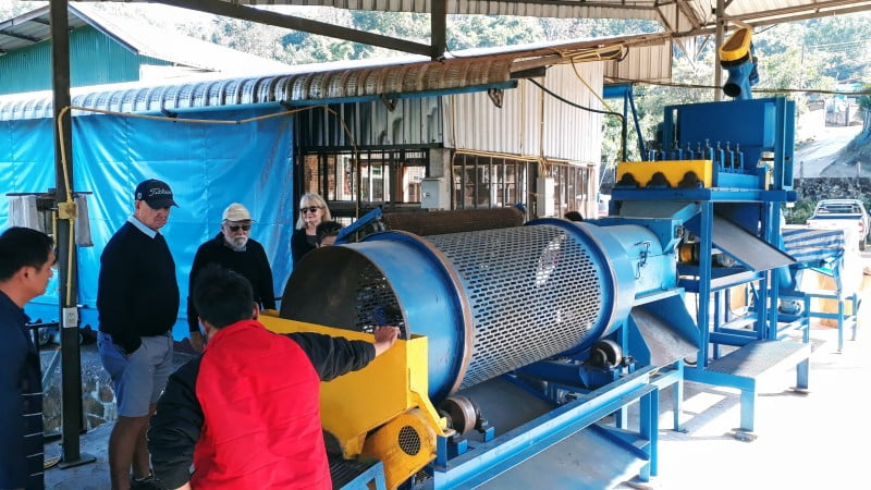 Leesoaw macadamia processing plant, Doi Chang