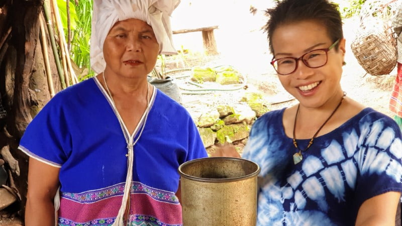 Karen lady making coffee at Mae Klang Luang