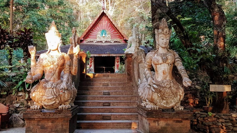 Wat Pha Lat - Temple in Chiang Mai